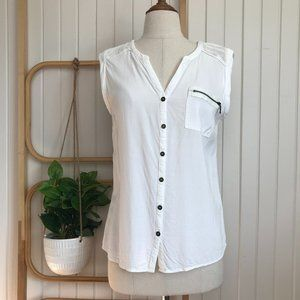 Jeanswest Woman's White Sleeveless Button Blouse